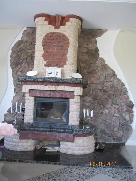Декоративный камень Деревенский для камина