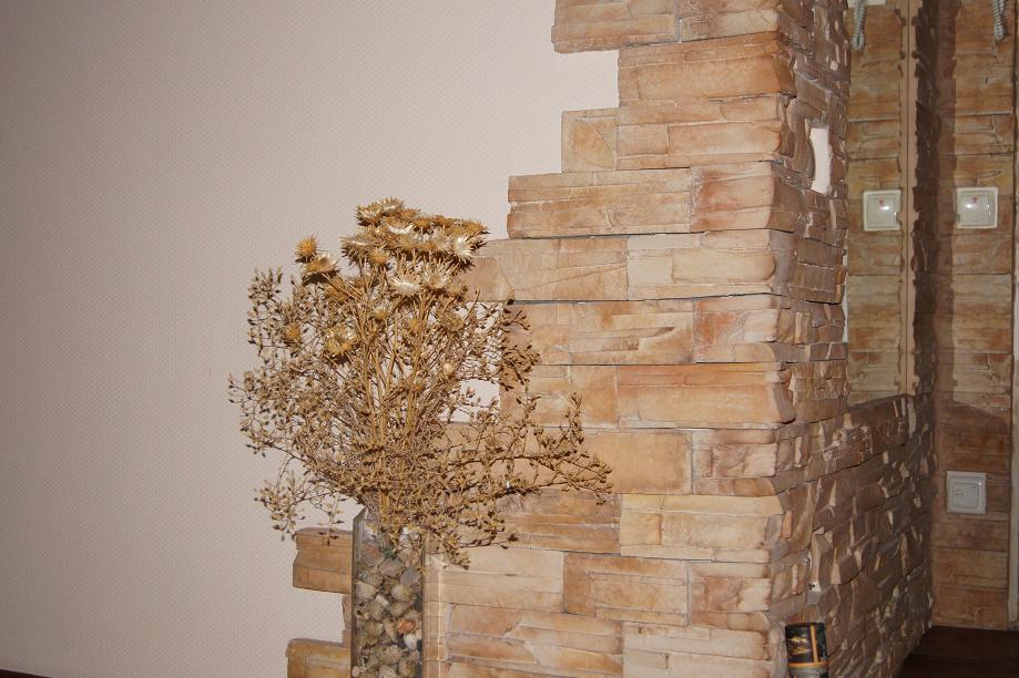 Декор стен камнем своими руками 52